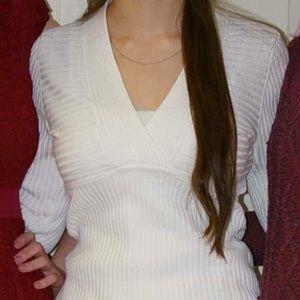 White Ribbed V-Neck Long Sleeve Shirt
